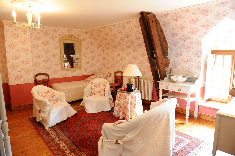 Trois chambres d h tes le logis de la ville ruaud for Chambre commune